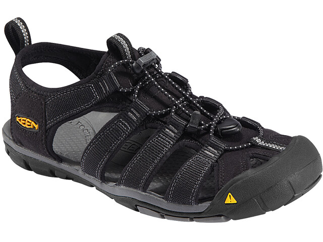 209440a4a261 Keen Clearwater CNX Sandals Men black at Addnature.co.uk